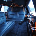 6 Passenger - Black Lincoln - Hummer hire
